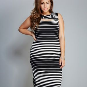 ⬇️ $30 Pretty Black and White Striped Dress 1X